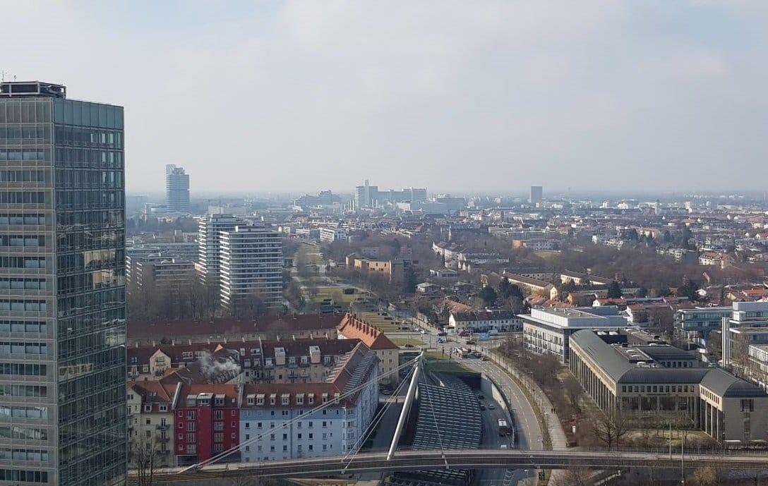Tagen in atemberaubendem Ambiente - ein fantastischer Ausblick über München